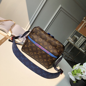 louis vuitton messenger pm #m43843