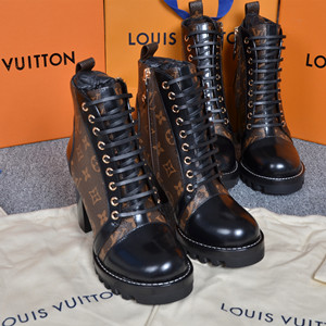 lv louis vuitton star trail ankle boot shoes