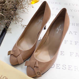 louis vuitton fiancee pump shoes #80136