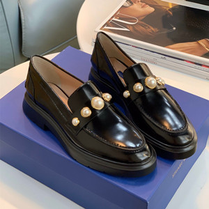 stuart weitzman loafer shoes