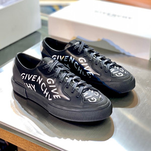 givenchy chain tennis light low sneakers
