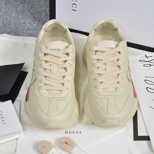 gucci rhyton leather sneaker with cucci logo