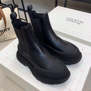 alexander mcqueen tread slick chelsea boot shoes