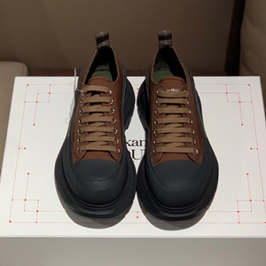 alexander mcqueen tread slick lace up shoes