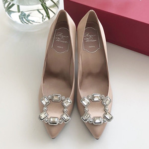 roger vivier choc real crown jewels pumps shoes