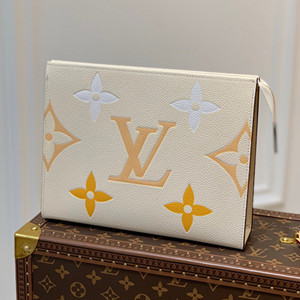 lv louis vuitton toiletry pouch 26 bag #m80504