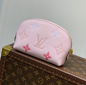 lv louis vuitton cosmetic pouch bag #m80502