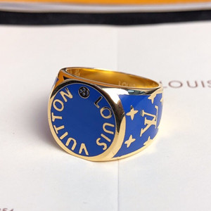 lv louis vuitton ring